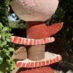 gros plan totem céramique fait main lyon