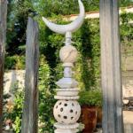céramique blanche totem jardin lyon