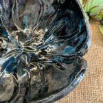 bol tulipe noire céramique pièce unique claymee